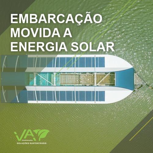Ocean Cleanup cria embarcação movida a energia solar que retira lixo de rios